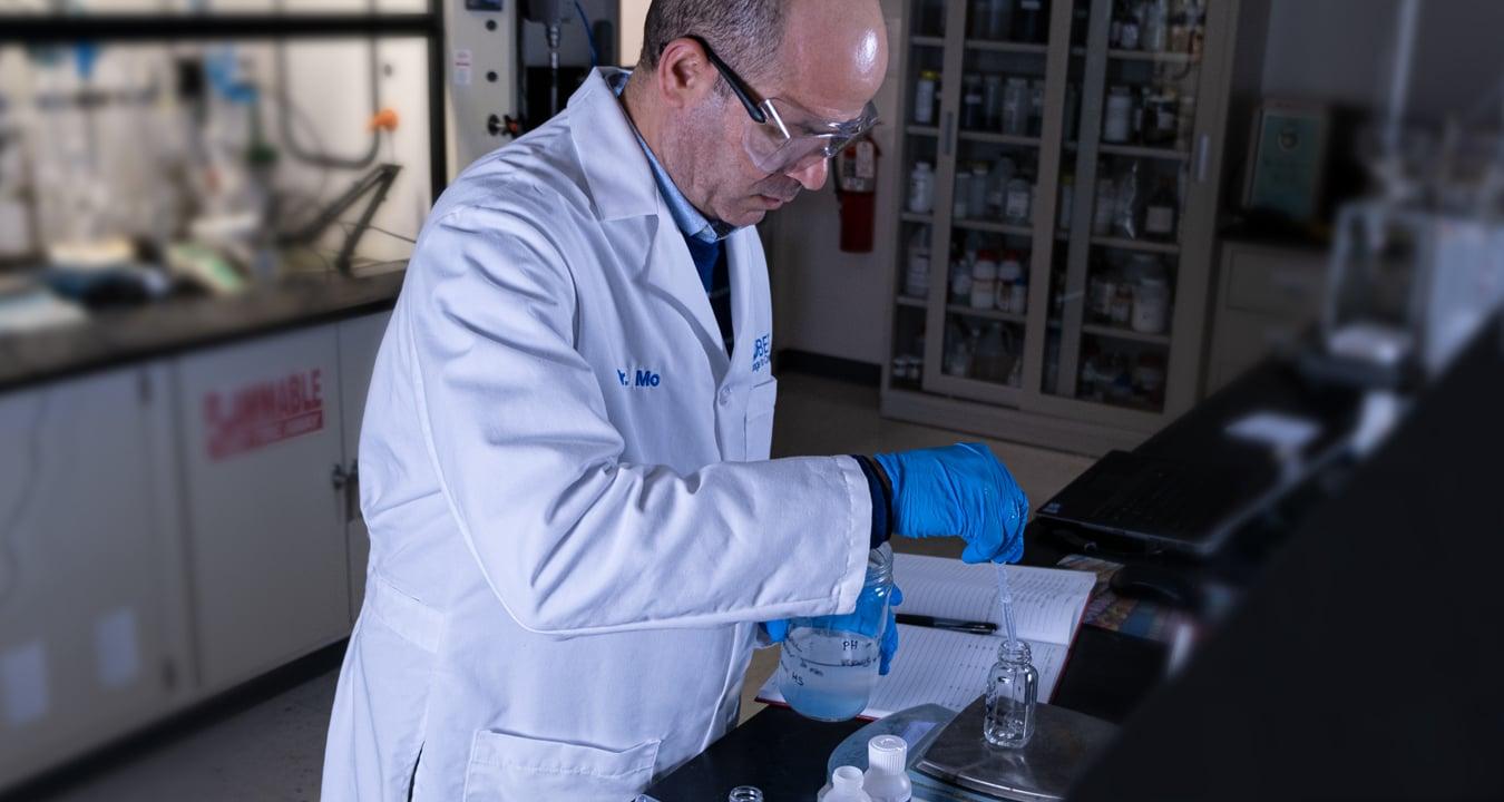 Water-Treatment-Flocculant-Coagulant-Testing